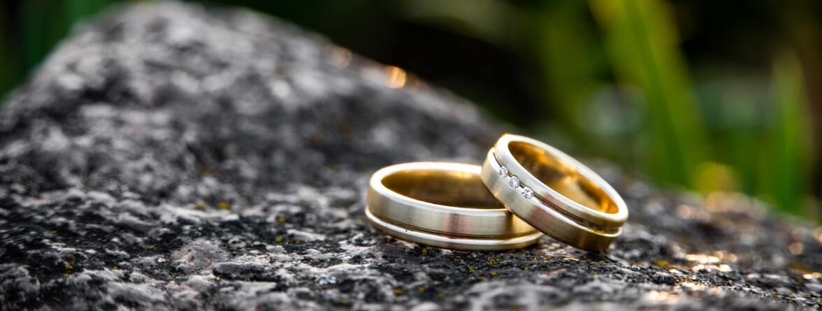 Image of two rings