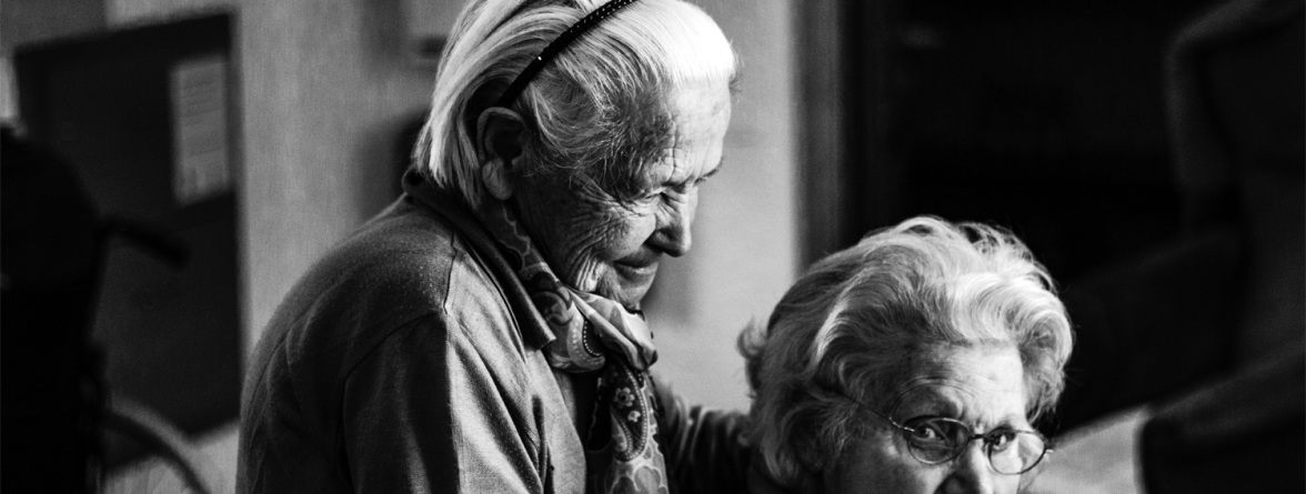 Picture of an elderly LGBT couple