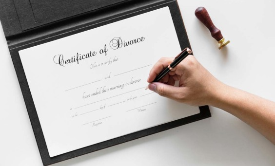 Image of a divorce certificate